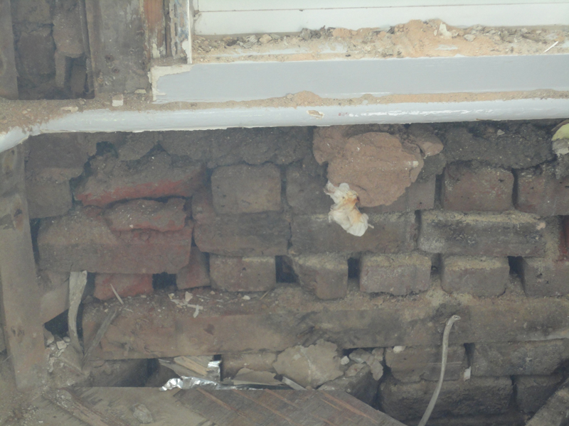 Failing Brickwork